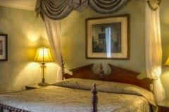 cheshire-queen-room-2-236x617