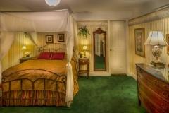 windemere-queen-room1236x617